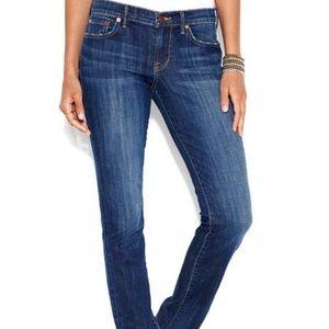 Lucky Brand size 31/32 sweet N straight leg jean